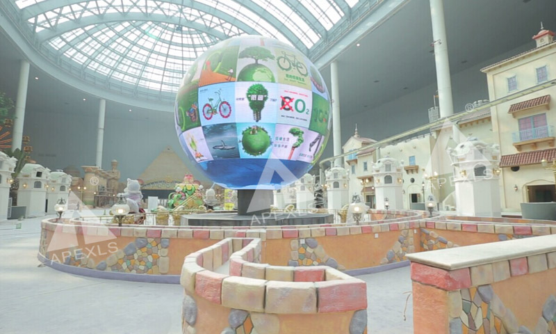Sphere LED display in Roman Group, Zhejiang